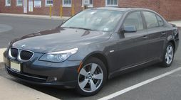 E60 BMW 528xi Sedan (US)