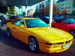 Car Directory / BMW / BMW 850ci / History