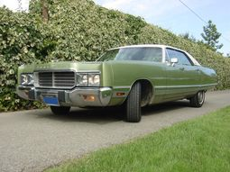 1973 Chrysler New Yorker sedan