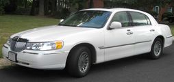 1998-2002 Lincoln Town Car Cartier