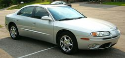 Oldsmobile Aurora (second generation)