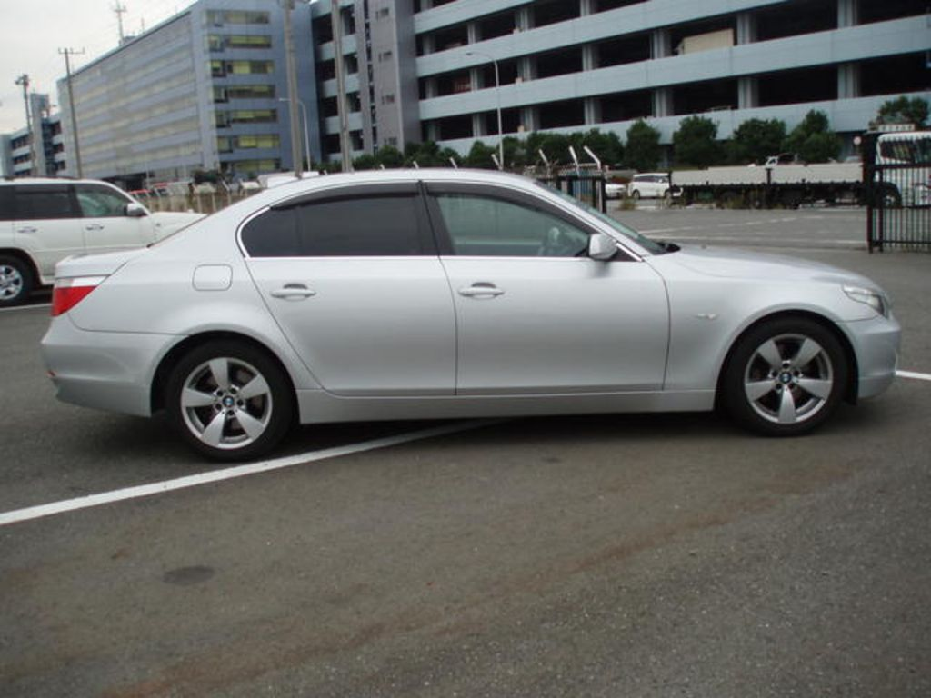 2005 Bmw 5 Series Specs Mpg Towing Capacity Size Photos