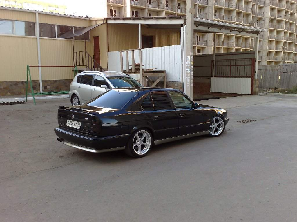 1995 BMW M5 Pictures, 3.8l., Gasoline, FR or RR, Manual For Sale