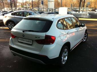 2010 BMW X1 Pictures