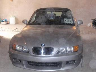 2000 BMW X3 Photos