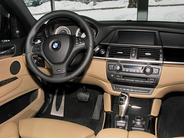 2010 bmw x6 for 4 4 gasoline automatic for photo 6 enlarge photo 640x480 2010 bmw x6