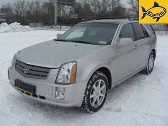 2004 Cadillac SRX Pictures