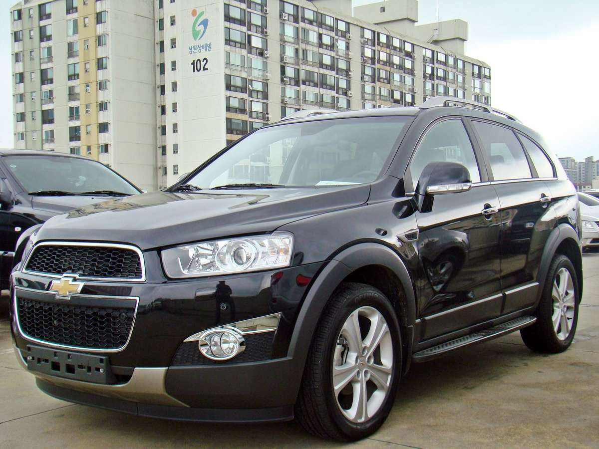 Used 2011 Chevrolet Captiva Photos 2200cc Diesel