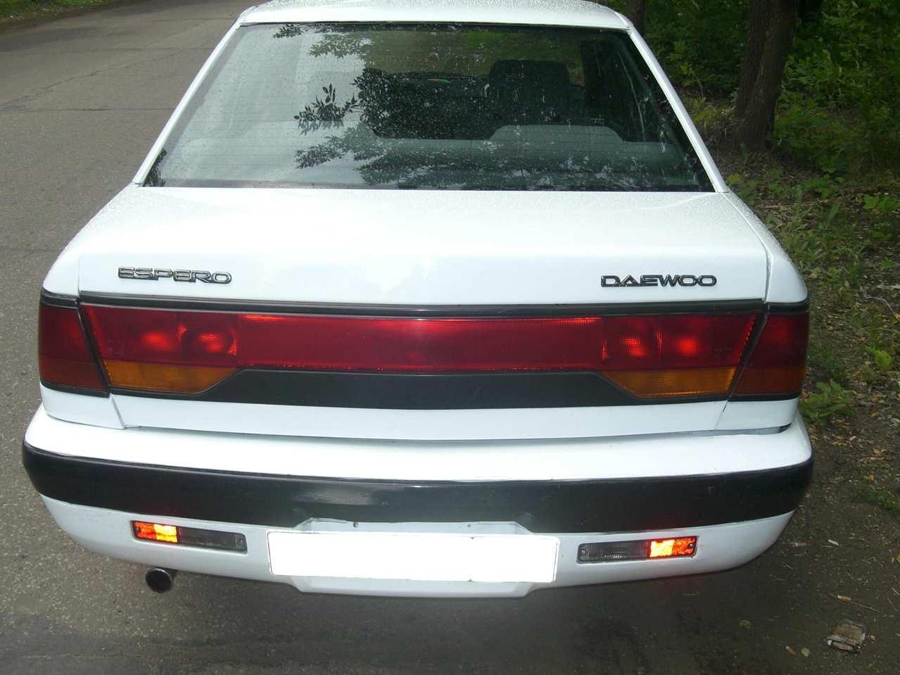 1993 Daewoo Espero Pictures