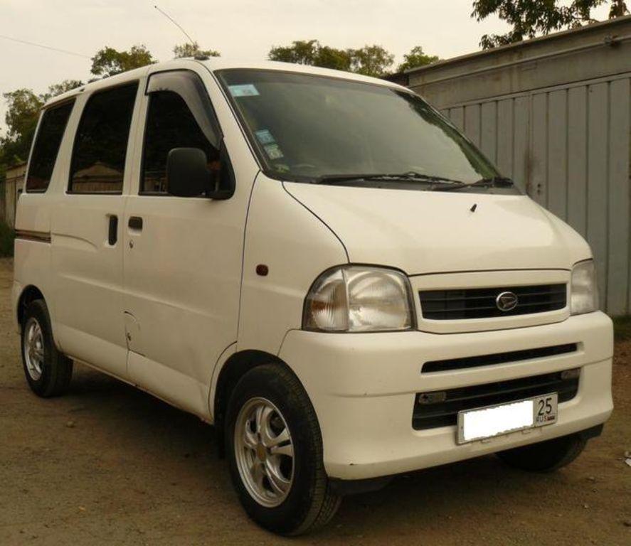 2001 Daihatsu Hijet Photos