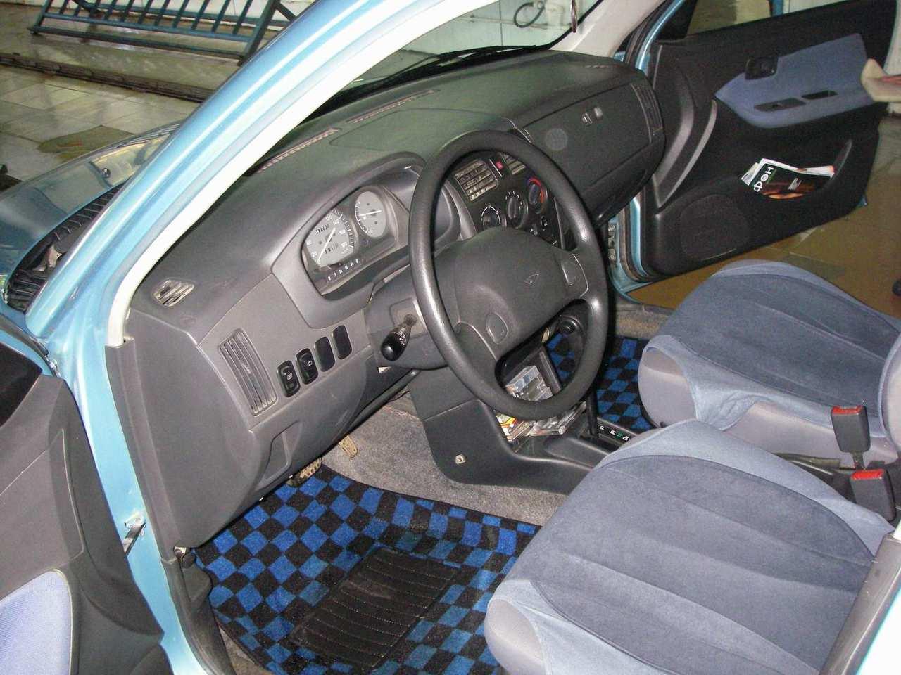 2003 daihatsu sirion pictures 986cc gasoline ff. Black Bedroom Furniture Sets. Home Design Ideas