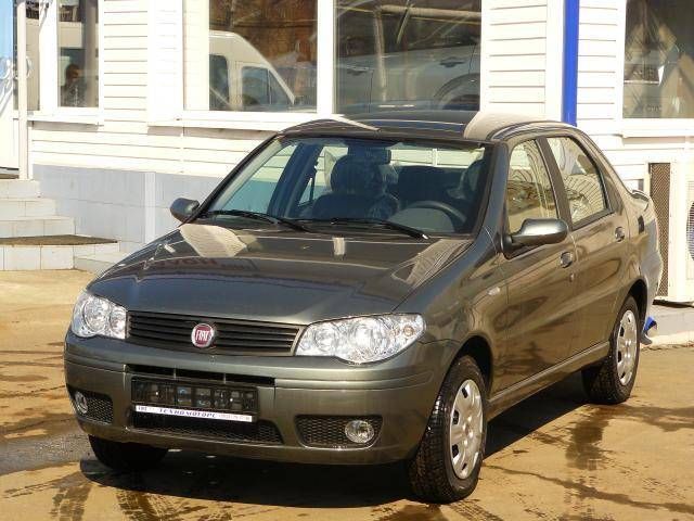 http://www.cars-directory.net/pics/fiat/albea/2009/fiat_albea_a1238500336b2584978_orig.jpg