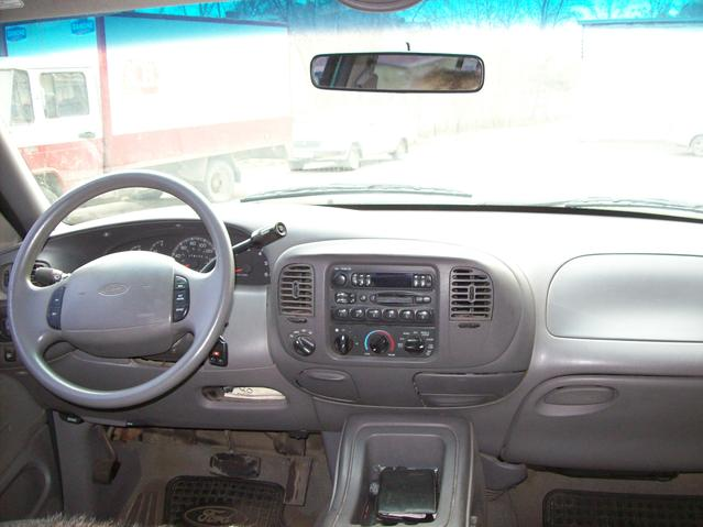 1998 Ford Expedition Specs  Engine Size 5400cm3  Fuel Type