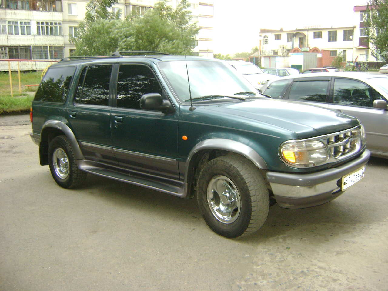 used 1997 ford explorer photos 4000cc gasoline manual for sale. Black Bedroom Furniture Sets. Home Design Ideas