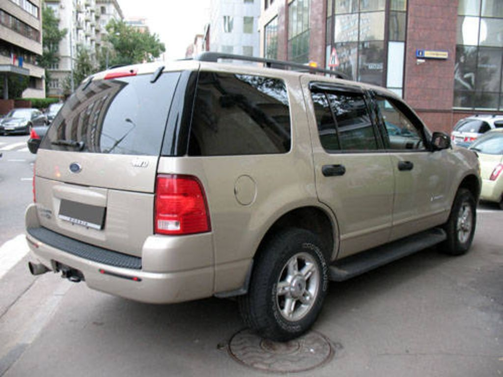used 2004 ford explorer images