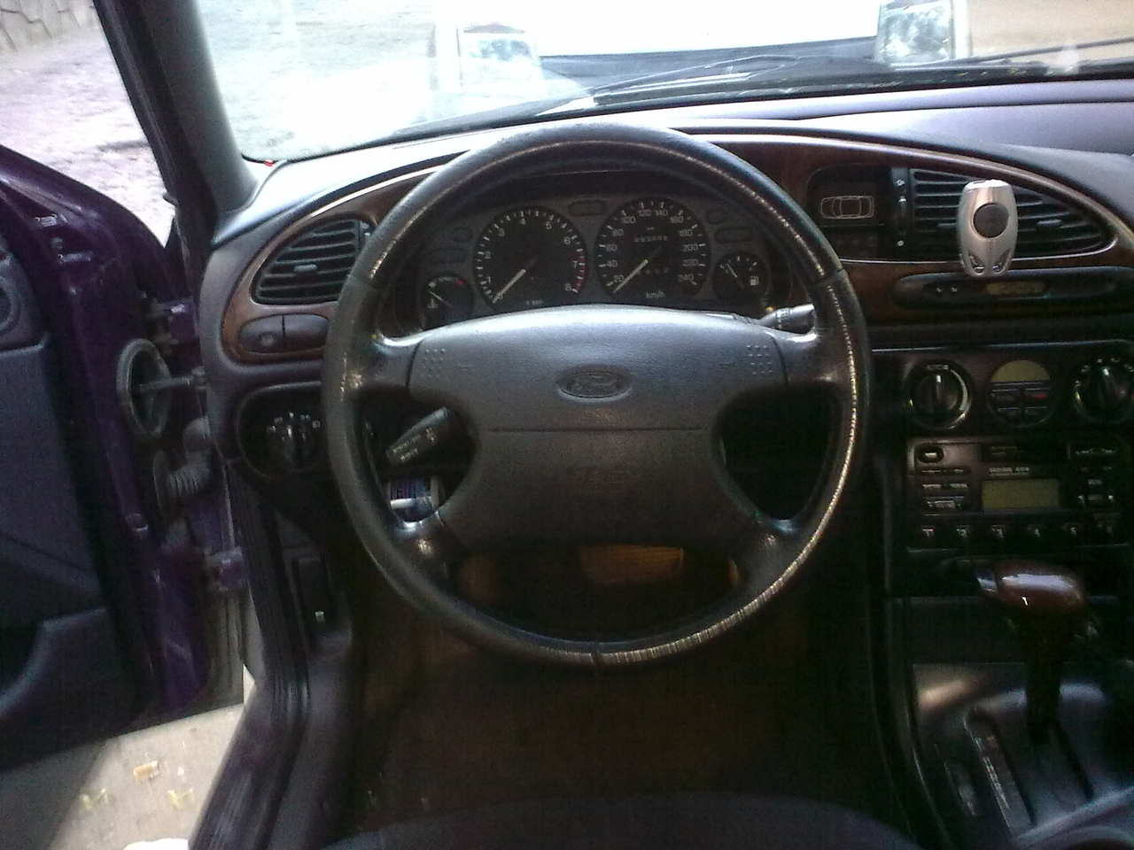 used 1997 ford mondeo photos 2000cc gasoline ff automatic for sale. Black Bedroom Furniture Sets. Home Design Ideas