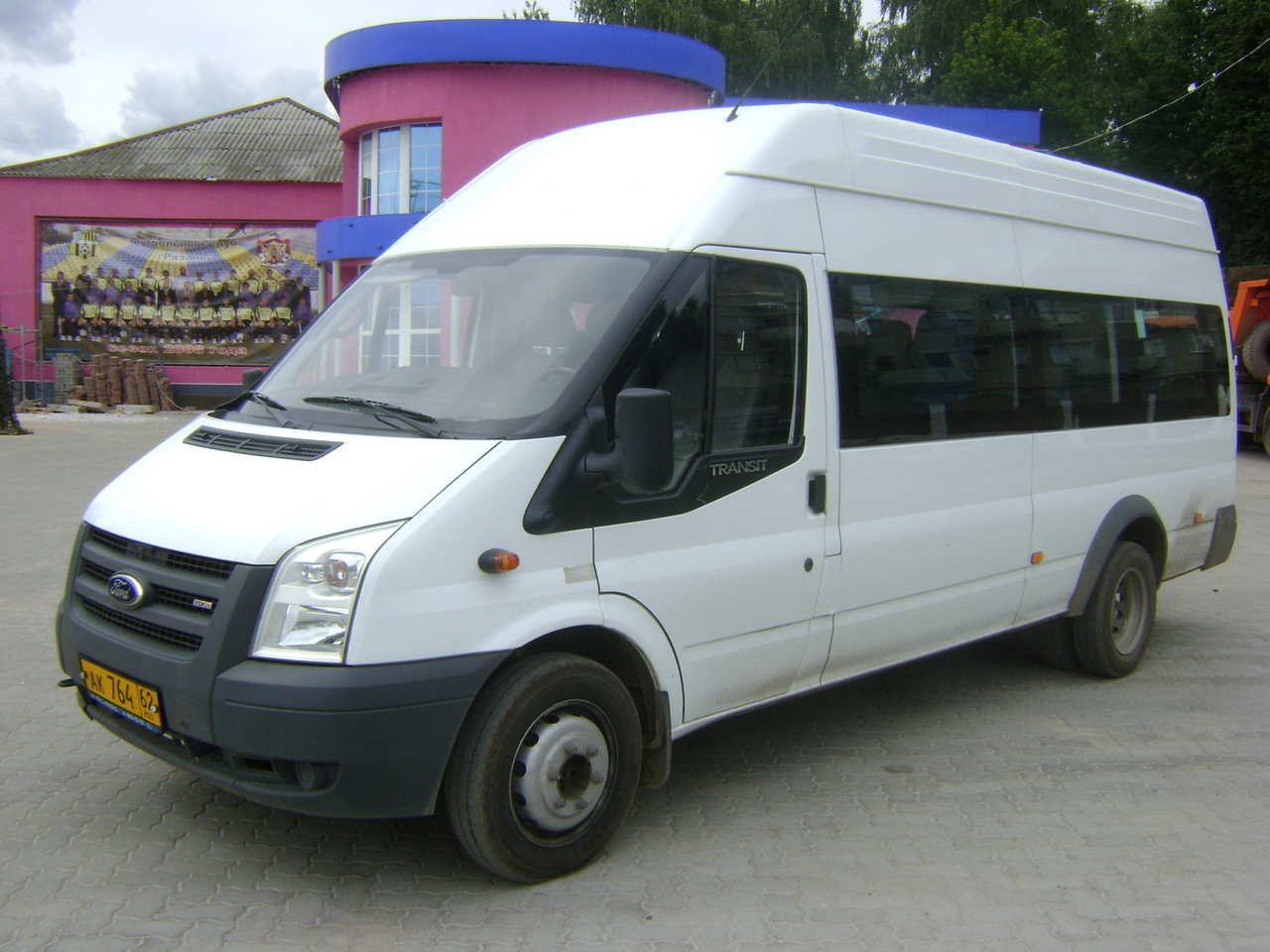 used 2009 ford transit photos 2400cc for sale. Cars Review. Best American Auto & Cars Review