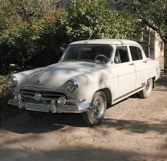 http://www.cars-directory.net/pics/gaz/21/1957/gaz_21_859909.jpg