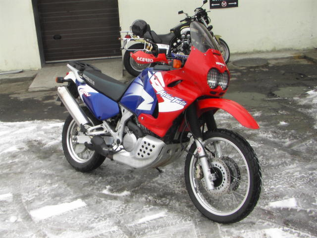 used 2000 honda africa twin photos 750cc for sale. Black Bedroom Furniture Sets. Home Design Ideas