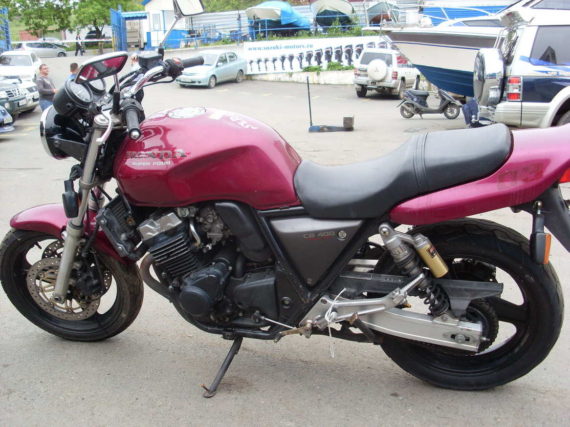 Honda CB400SF: photos and reviews. Motorcycle Specifications 12