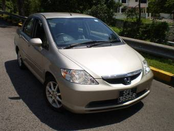 2004 Honda CITY Pictures