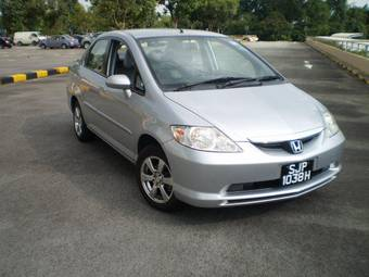2004 Honda CITY Photos