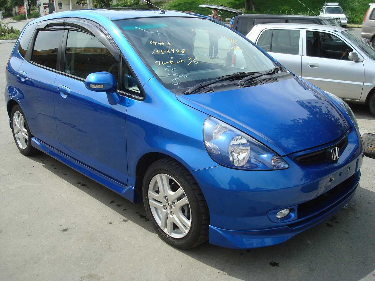 Kekurangan Honda Fit 2003 Review