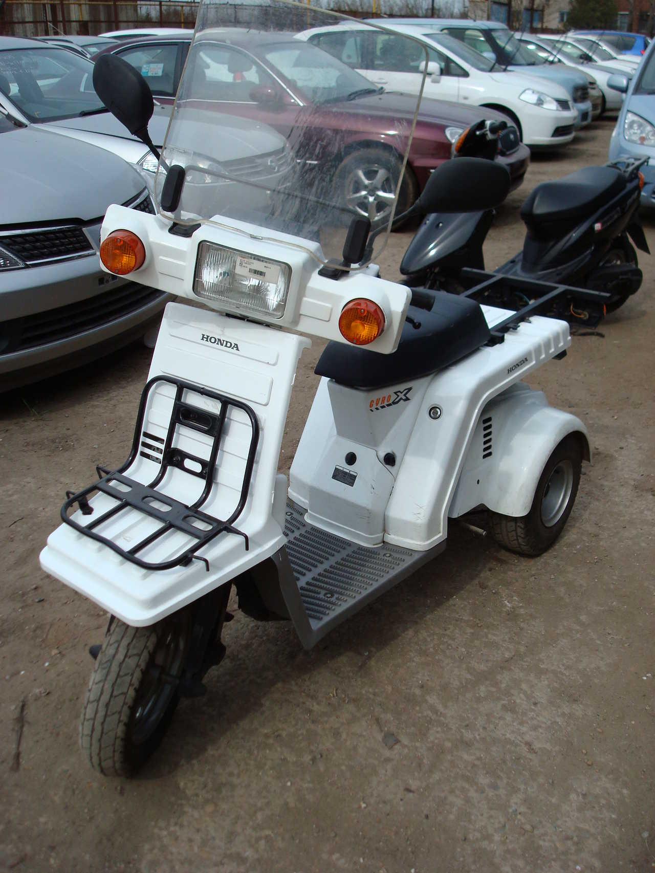 Used 1999 Honda GYRO X Photos, 49cc. For Sale