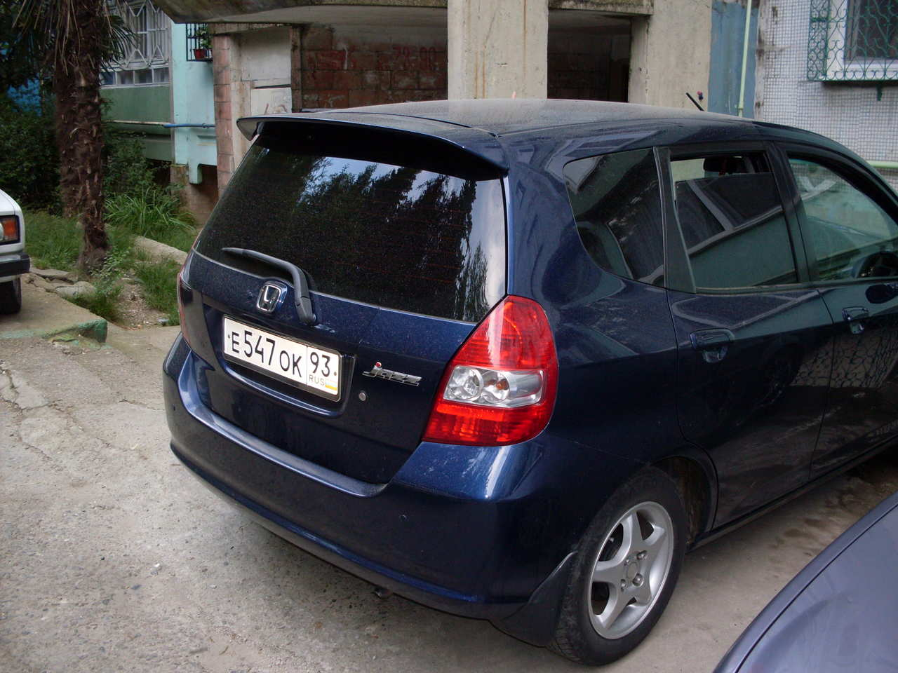 2003 honda jazz photos 1 3 gasoline ff cvt for sale. Black Bedroom Furniture Sets. Home Design Ideas