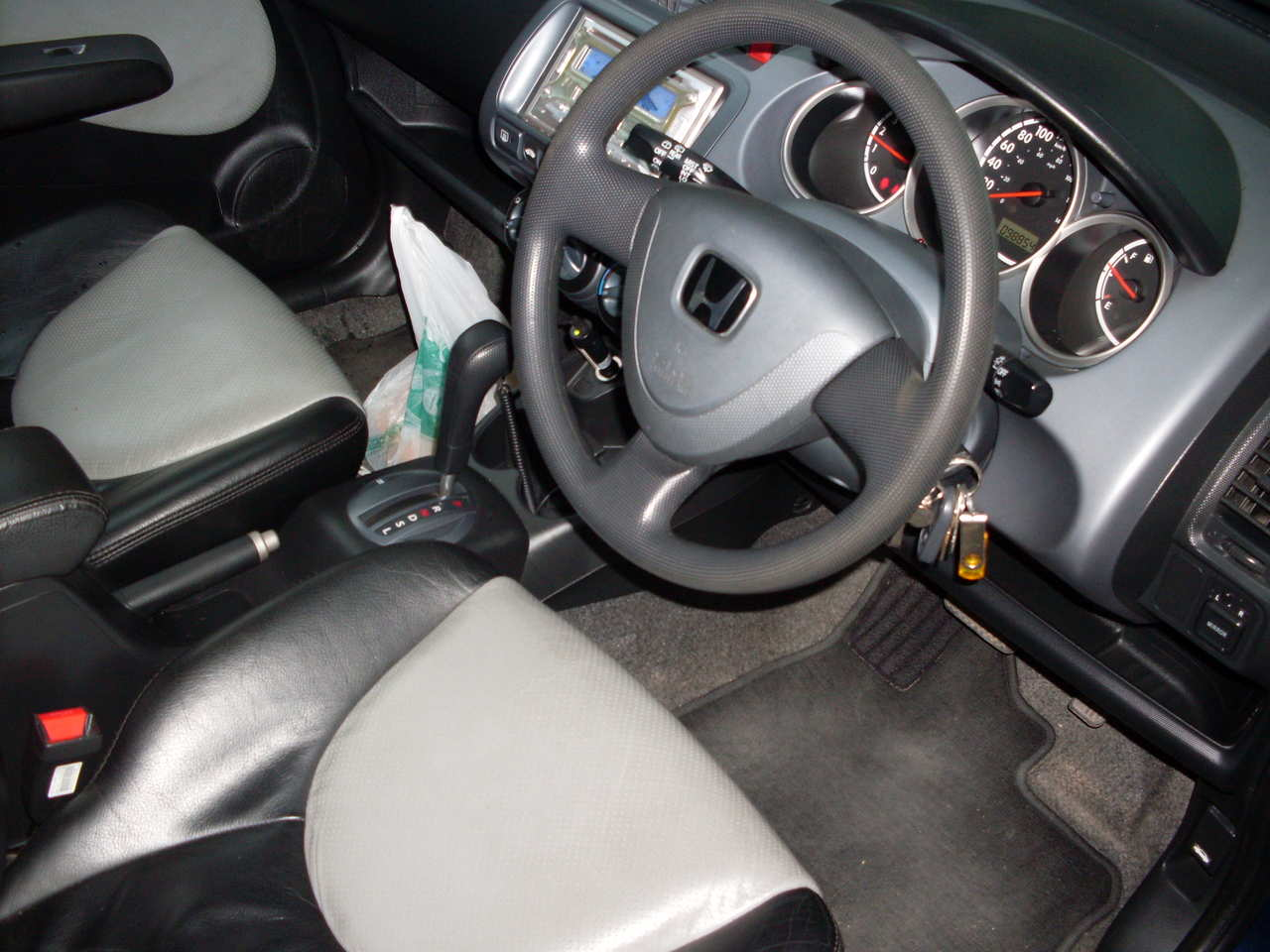 honda jazz 2003 used car car interior design. Black Bedroom Furniture Sets. Home Design Ideas