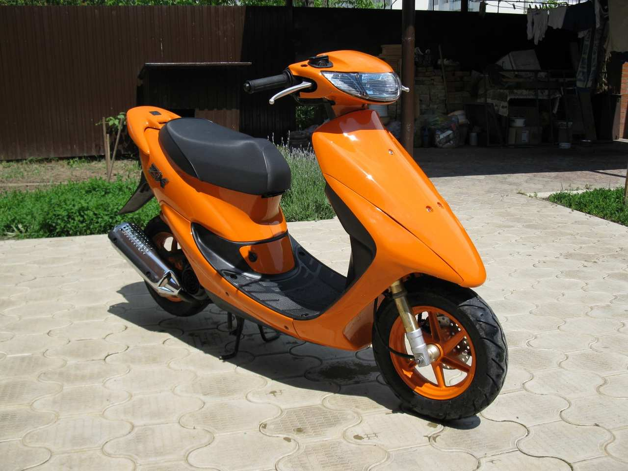 2003 Honda LIVE DIO ZX Pictures, 50cc. For Sale