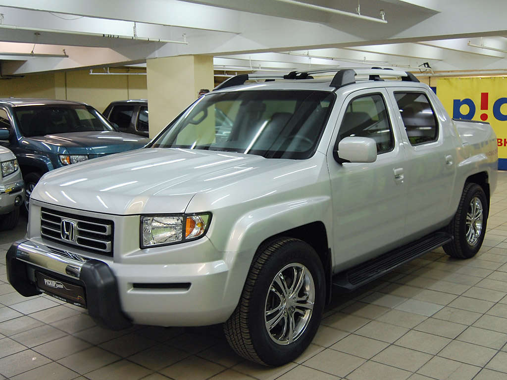 Used 2005 honda ridgeline truck