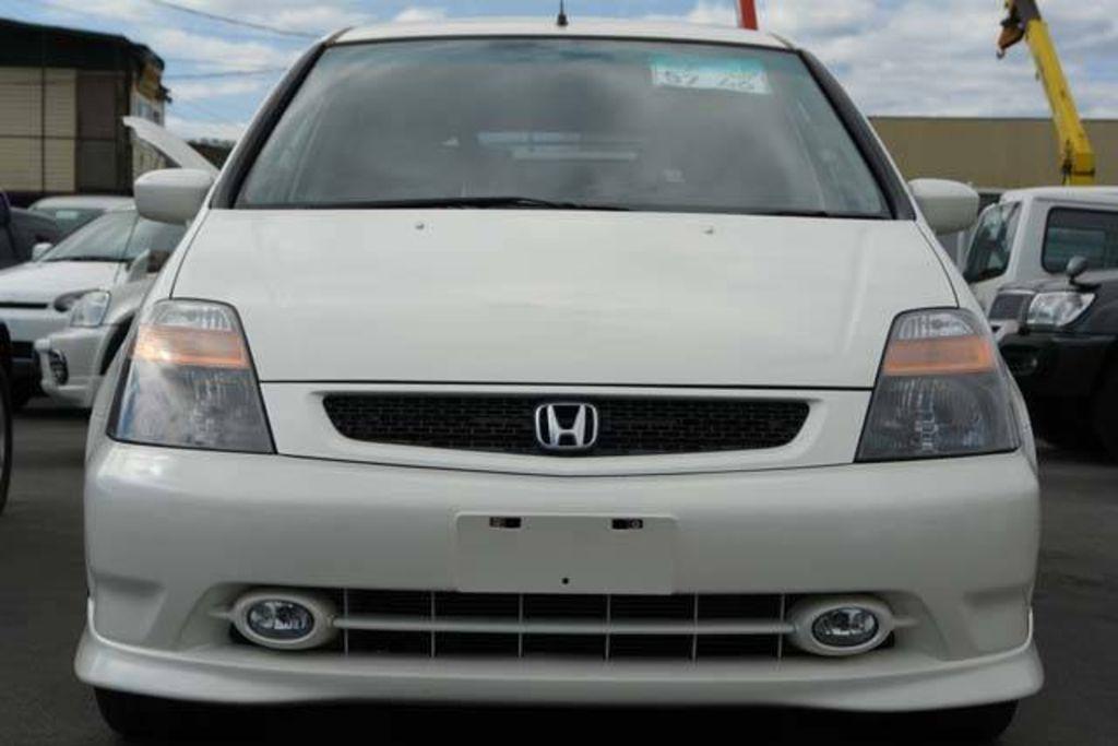 2000 Honda Stream Pictures