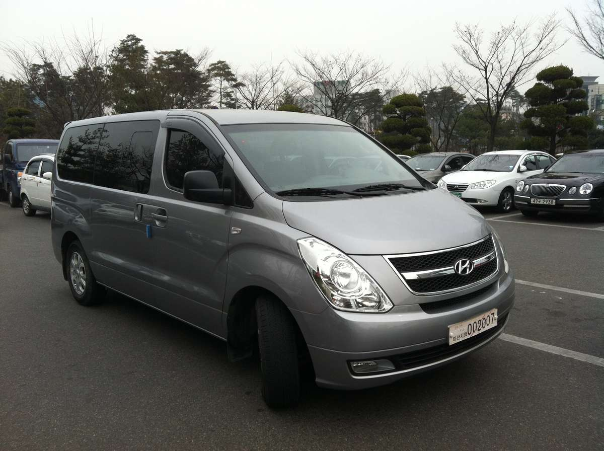 2011 Hyundai Grand Starex Pictures Diesel Fr Or Rr