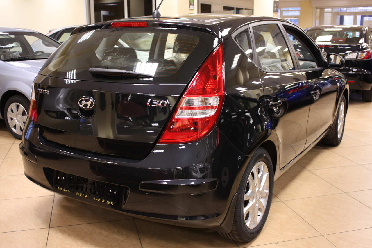 2009 hyundai i30 photos 1600cc gasoline ff manual for. Black Bedroom Furniture Sets. Home Design Ideas