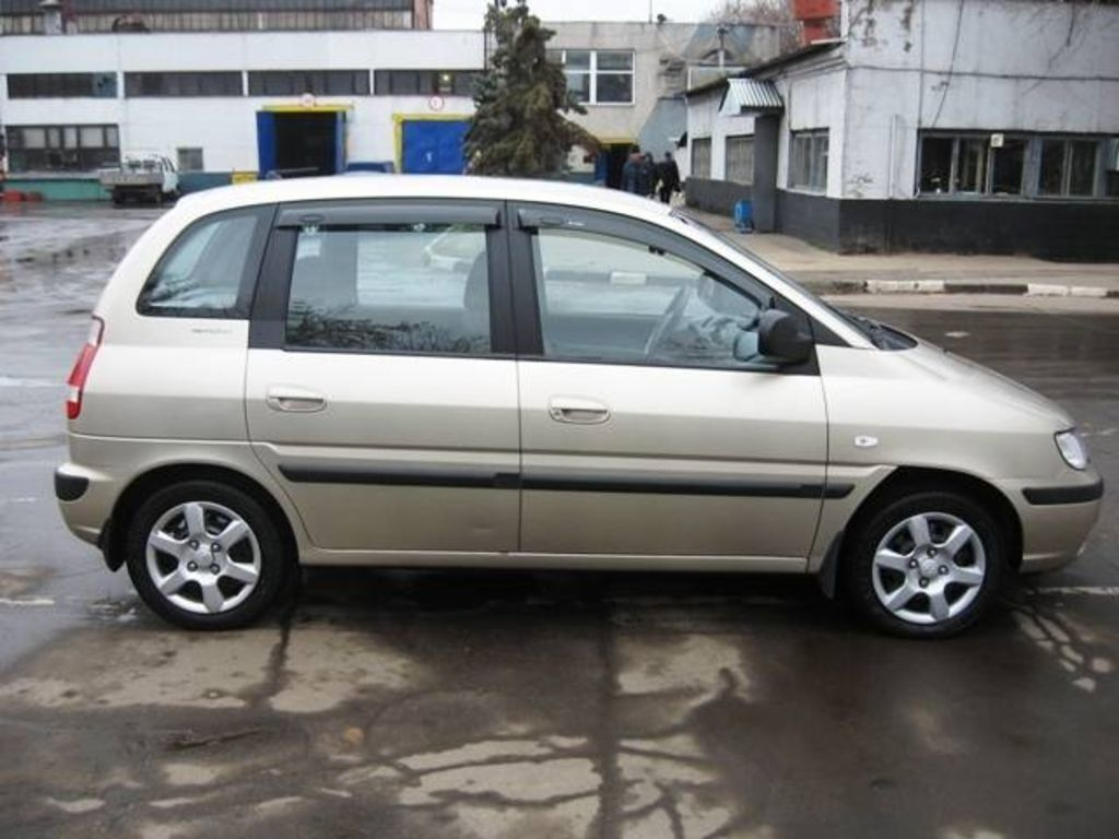 2007 Hyundai Matrix Photos