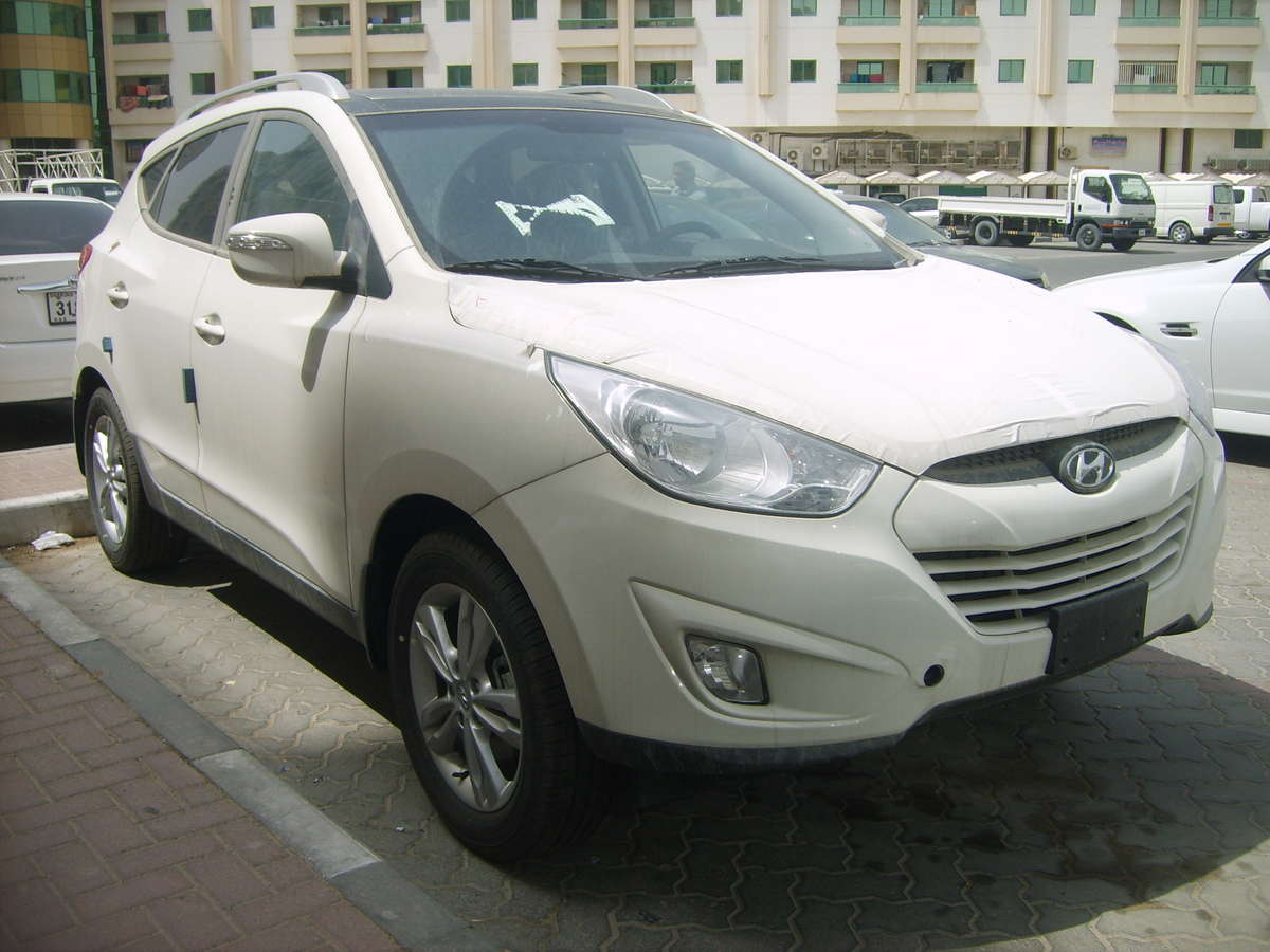 used 2012 hyundai tucson photos 2000cc gasoline automatic for sale. Black Bedroom Furniture Sets. Home Design Ideas