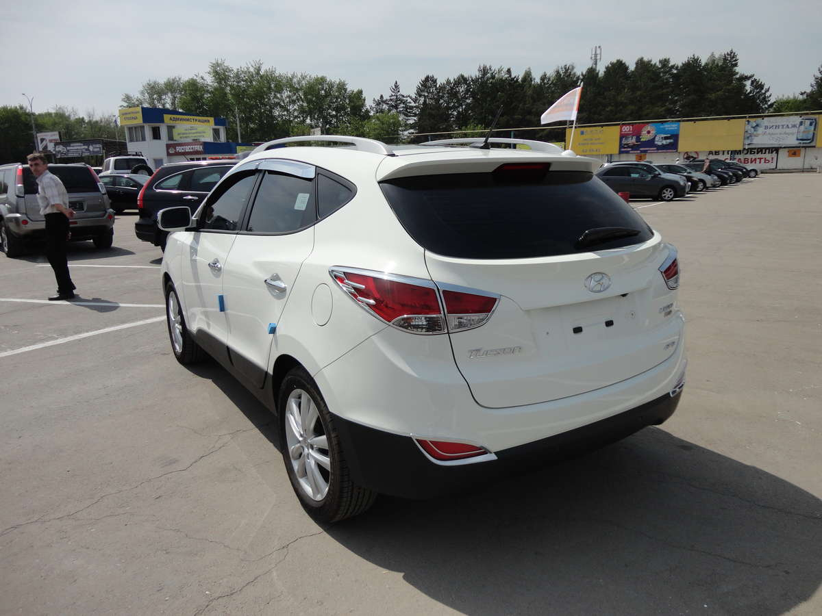 2012 hyundai tucson photos 2 0 diesel automatic for sale. Black Bedroom Furniture Sets. Home Design Ideas