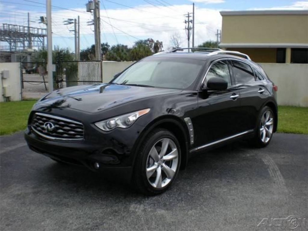 2008 Infiniti FX50 specs mpg towing capacity size photos