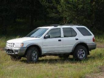 Isuzu Rodeo A B on 2002 Isuzu Rodeo Engine Problems