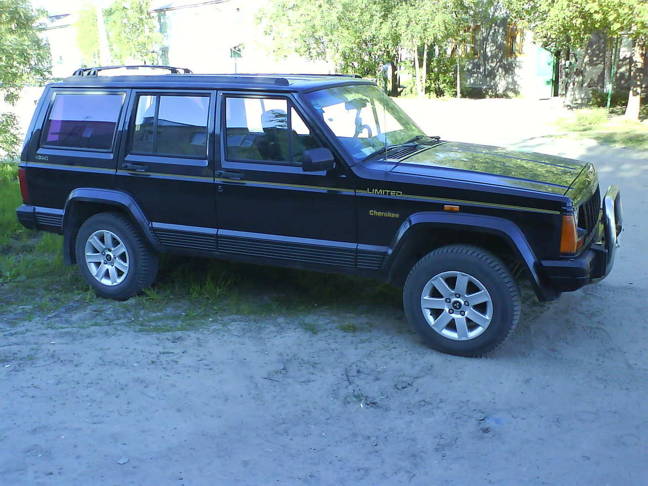 1994 jeep cherokee for sale 4000cc gasoline automatic for sale. Black Bedroom Furniture Sets. Home Design Ideas