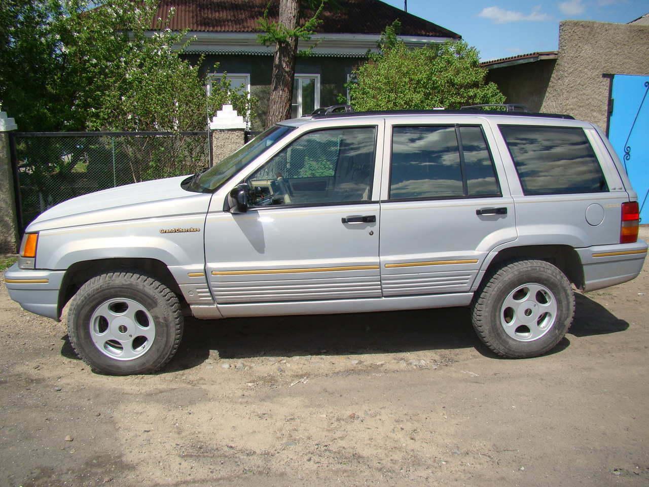Photo #1   Enlarge Photo 1280x960 1994 JEEP Grand Cherokee Photos
