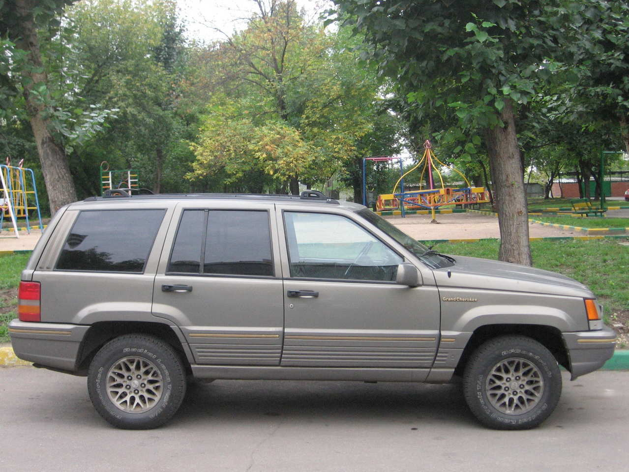 Lovely 1995 JEEP Grand Cherokee Pictures
