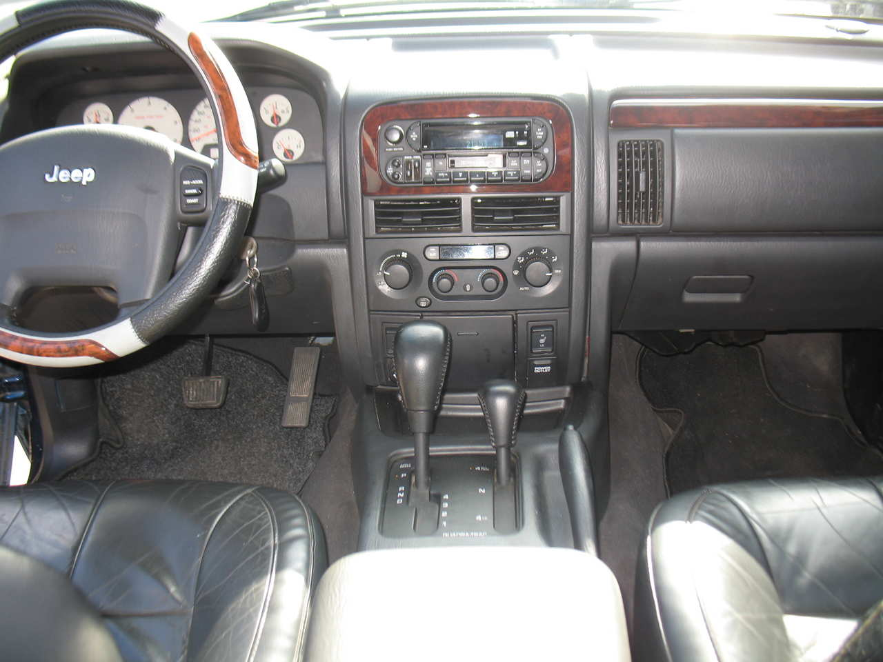 Photo #1   Enlarge Photo 1280x960 2003 JEEP Grand Cherokee Pictures