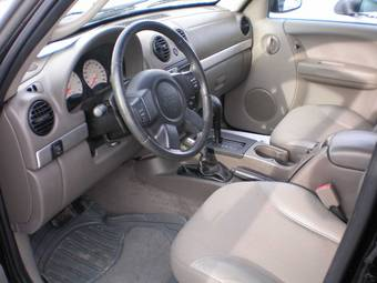 2003 JEEP Liberty Pictures