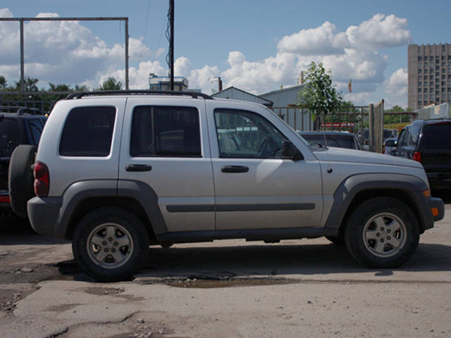 2005 jeep liberty photos 2 8 diesel automatic for sale. Cars Review. Best American Auto & Cars Review