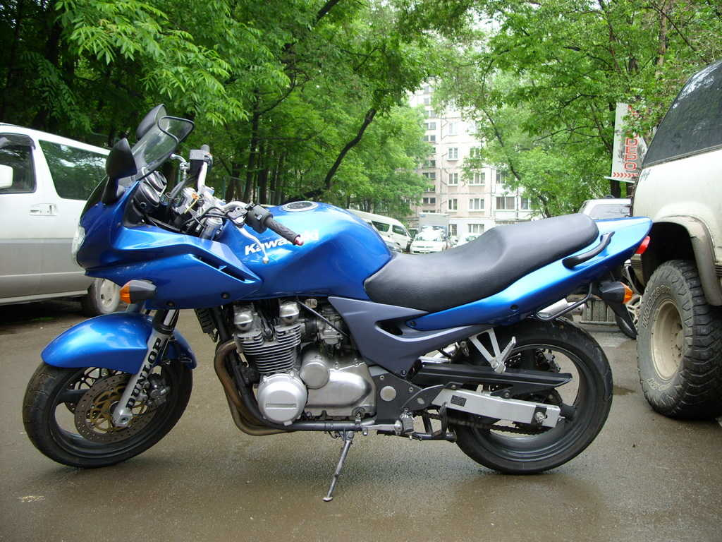 2003 kawasaki zr 7 photos 0 8 for sale. Black Bedroom Furniture Sets. Home Design Ideas
