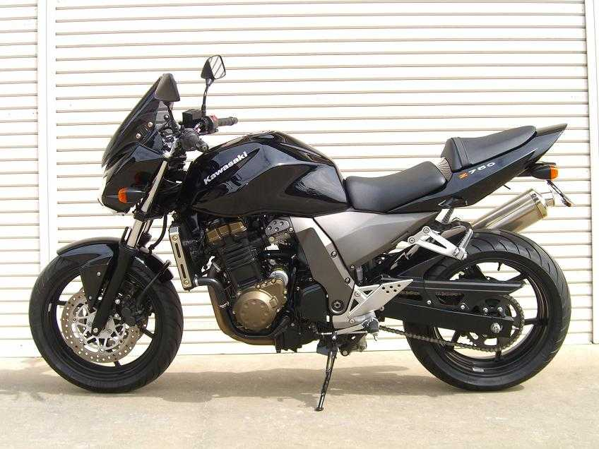 2004 kawasaki zr 7 photos 0 8 for sale. Black Bedroom Furniture Sets. Home Design Ideas