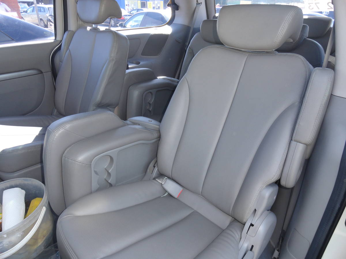Car Leaking Oil >> 2010 KIA Carnival Pictures, 2.9l., Diesel, FF, Automatic For Sale