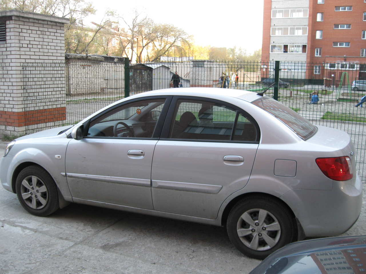 Photo #1 - Enlarge photo 1280x960 2009 KIA RIO Photos